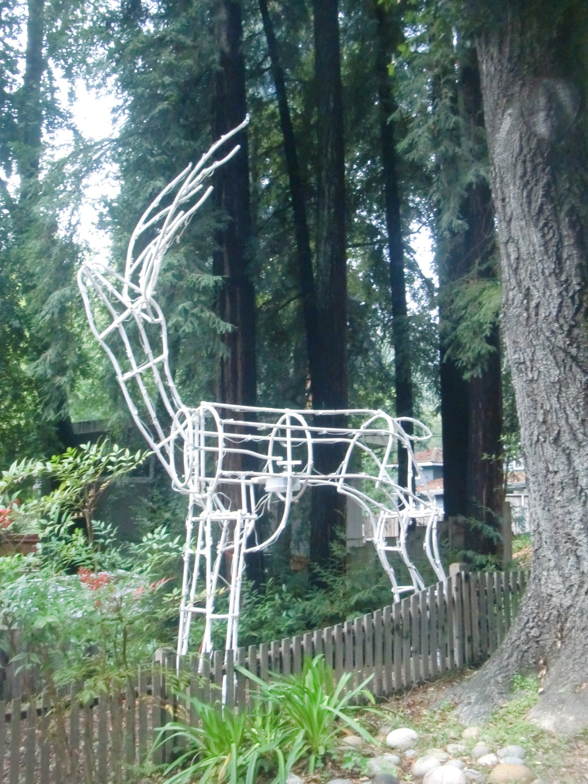 This is a 20' Christmas light deer that someone made.  I'm going to go futon a limb and sway there was no app involved in any part of its construction.